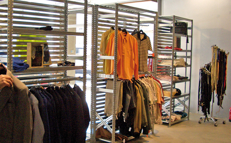 Rayonnage magasin v tements tag re boutique mode - Etagere pour vetement ...