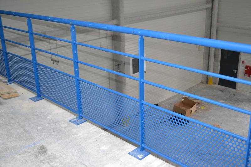 garde corps mezzanine balustrade industriel plateforme. Black Bedroom Furniture Sets. Home Design Ideas