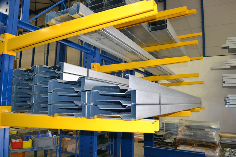 Bras rayonnage cantilever